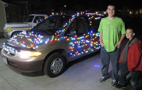 My Christmas lights car! How I put Christmas lights on our minivan!
